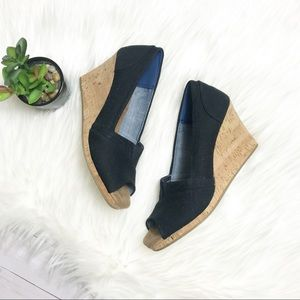 TOMS-  Navy Classic Wedge Sandal
